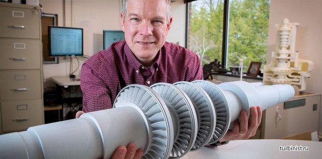 GE испытывают паровую турбину размером со стол